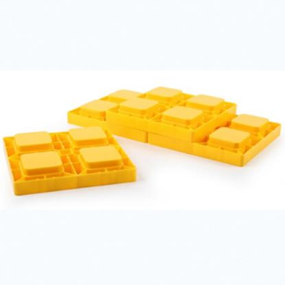 "Picture of Camco  4-Pk 8.25""x8.25""x1"" Plastic Interlocking Levelling Blocks w/Storage Bag 44501 15-0465"